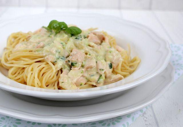 Spaghetti mit Lachs – Sahne – Sauce ♡