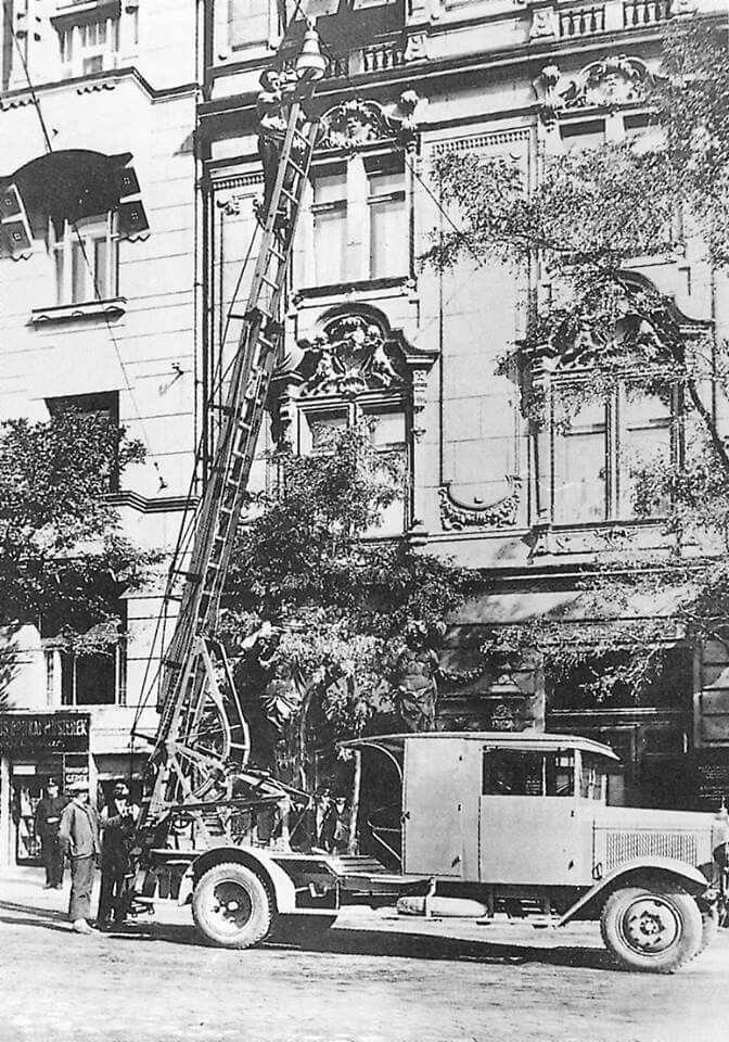 1934. Belgrád rakpart 24,