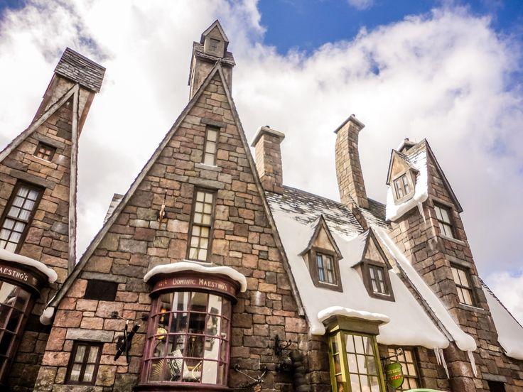 A Disney pode ser um destino mágico para se viajar em família! Saiba mais: http://blog.planoeplano.com.br/index.php/viaje-por-sao-paulo/vejas-as-novidades-da-disney-para-2013/