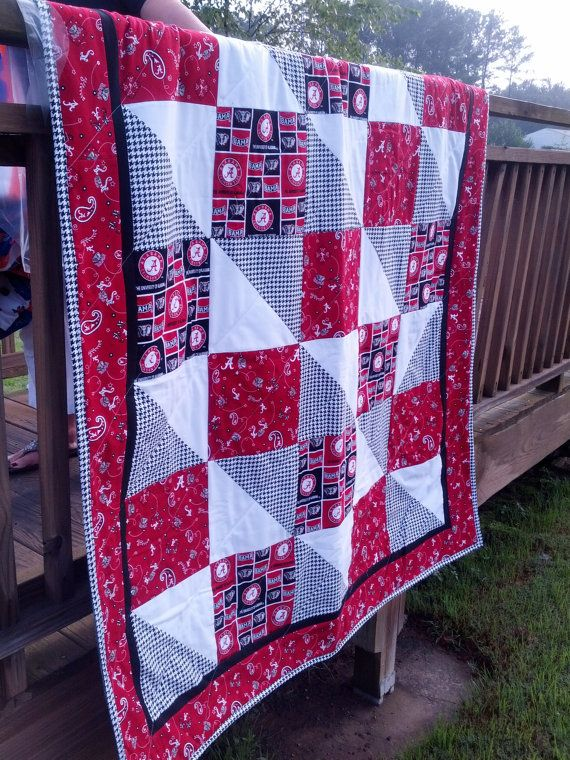 University of Alabams Roll Tide Game Day Quilt by NeNesQuilts, $128.00