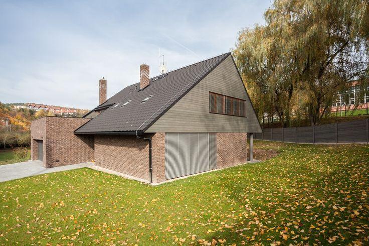 Rodinný dům dokončený v roce 2013. www.navlacil.cz