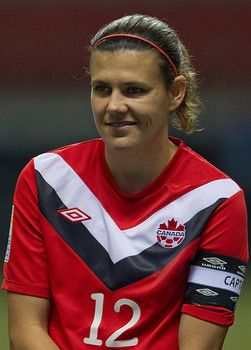 Christine Sinclair scores 11th BMO Canadian Player of the Year award