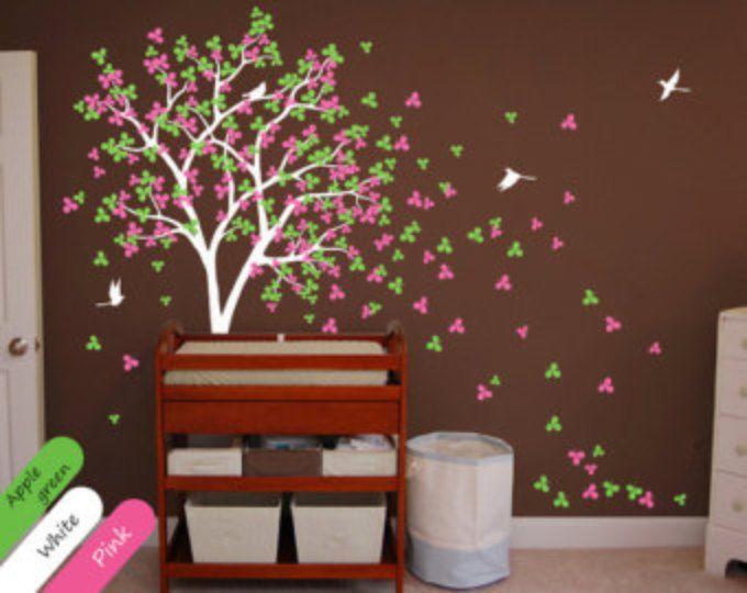 25 beste idee n over baby hoek op pinterest babykamer babykamer en kwekerij idee n neutraal - Kwekerij verf ...