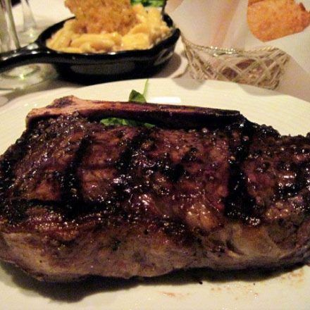 Gallagher's Steak House - Steakhouse - Taste a classic United States steak flavor that you will never find in any restaurants only at Gallagher's Steak House