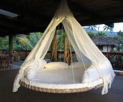 recycle your old Garden Trampoline to a swinging bed or relaxation area.