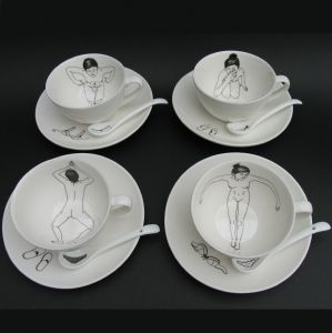 Designer Esther Horchner has illustrated the Bathing Girls Tea Set in such a way it looks like the bathing beauties are taking a dip in tea!  The white porcelain cups are illustrated on the inside, when filled with tea it looks like the girls are in their own hot tub!