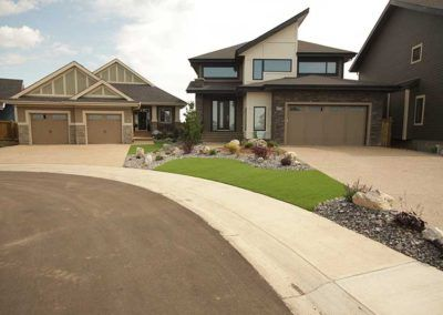 Isle group is the largest Landscaping Service provider in the Edmonton CA, specializing in full home landscape, lawn services, and other landscaping features.