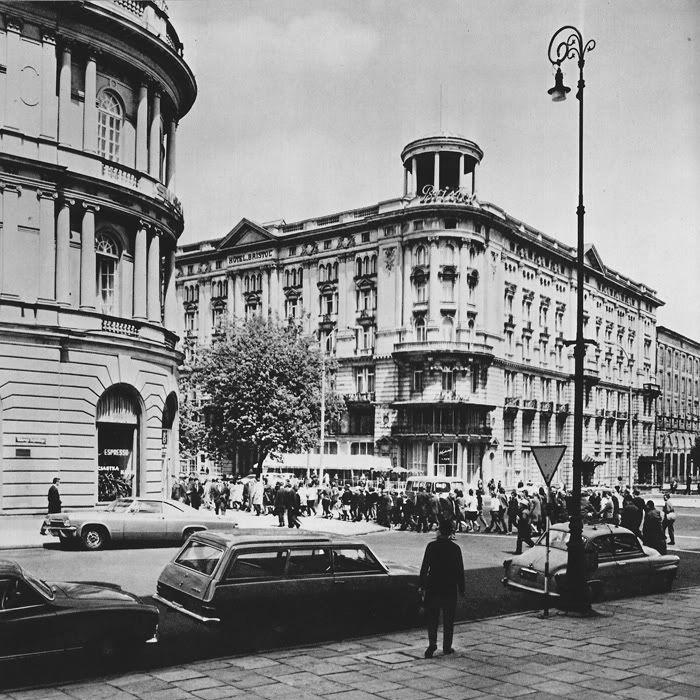 1963r. Krakowskie Przedmieście 42/44 - Hotel Bristol