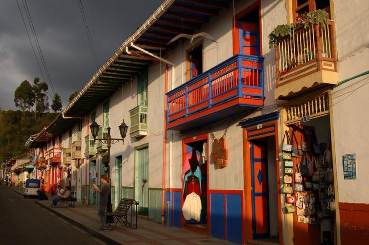Salento - Colombia. Contraste de colores