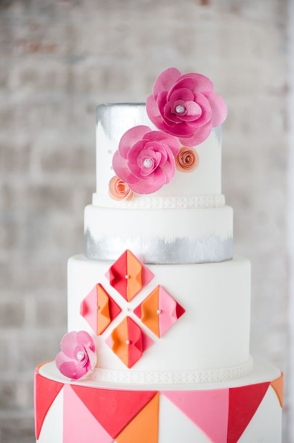 Modern color blocked + geometric cake: http://www.stylemepretty.com/vault/image/4006738 Photography: Tina Jay - http://tinajayphotography.com/