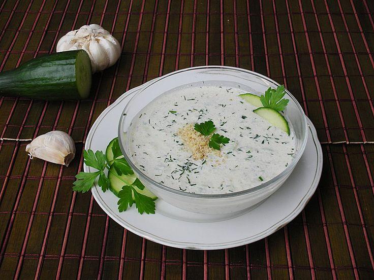 Bulgarischer Tarator, ein schmackhaftes Rezept aus der Kategorie Gebundene. Bewertungen: 17. Durchschnitt: Ø 4,3.