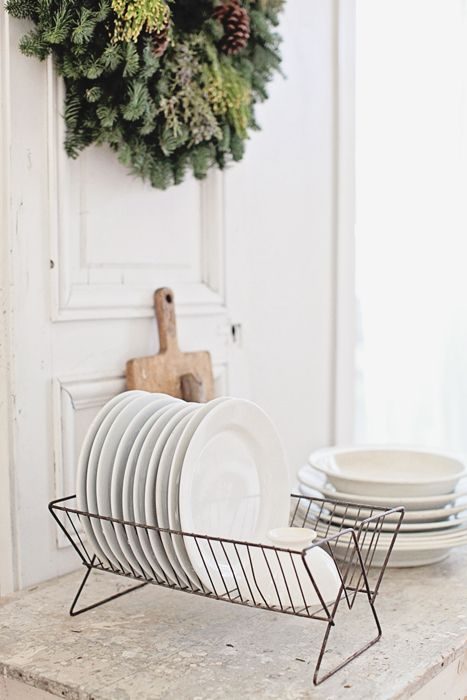 where can I find one of these little plate racks? If you see one, let me know! and for more daily inspiration and updates on all things vintage, please come and say hi at https://www.facebook.com/SilverandGreyLoveVintage