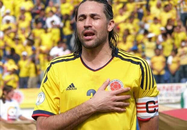 @Mario_Yepes3 el capitan de la @fcfseleccioncol Selección Colombia Es nuevo jugador de San Lorenzo de Almagro #OrgulloColombiano
