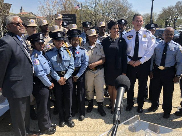 Flanked By The Cadets Of The Metro Police Department Mpd Academy Mayor Bowser Announce Community Policing Virginia State University African American History