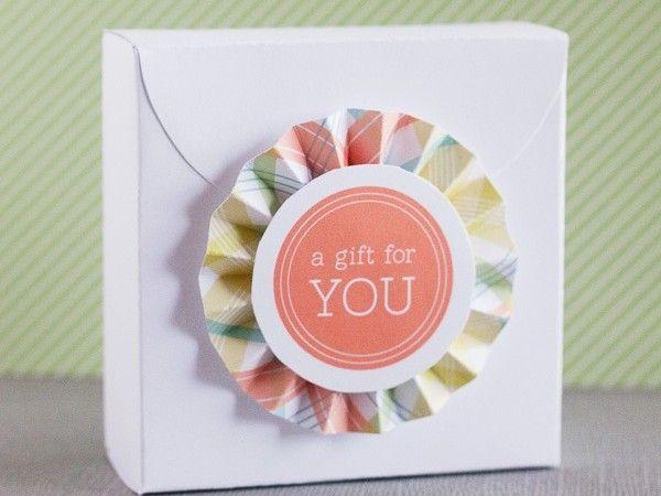 DIY Rosette Gift Box