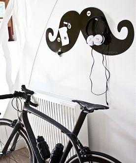 Poedeltje Prik! Hippe Woonaccessoires: Nieuwste Magneet Prikborden zoals de Zwarte Snor, Design Wonderwall - LEES MEER... (Foto Wonderwall  op DroomHome.nl)