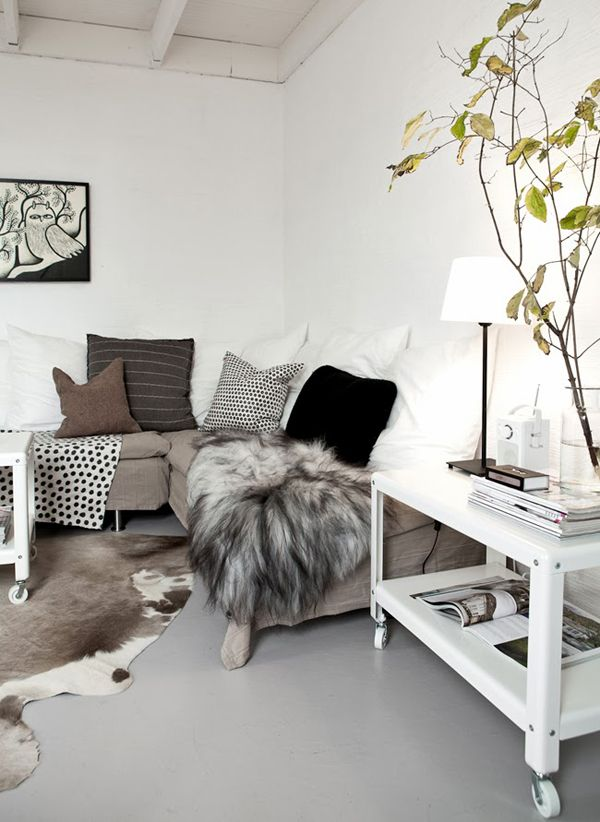 A BEAUTIFUL APARTMENT IN A SWEDISH FARMHOUSE | THE STYLE FILES