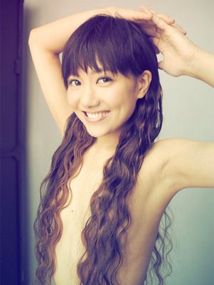 AKB48・宮澤佐江が髪で胸を隠しただけのエロすぎる「髪ブラ」ショットを披露 - AOLニュース