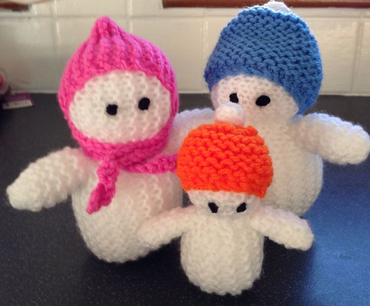 My hand knitted snowman family