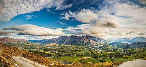 Wharehuanui Panoramic - Landscape photo by Andrew Tallon - www.andrewtallon.com