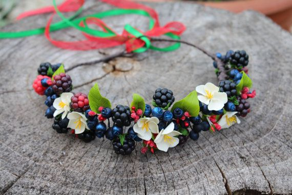 Berries hair wreath little white flower crown by Jewelrylimanska