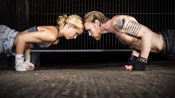 Aerial Yoga & Boxing Yoga - Yoga mal aggressiv und in der Luft