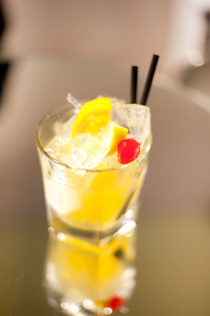 Our bartenders love creating innovating cocktails or recommending the best wine to suit your mood.