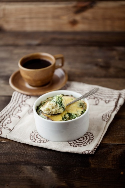 SpinaCh miLLet eGG baKe ~* (I would use a nut milk & raw cheese ...
