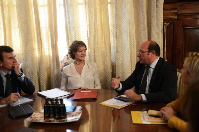 """El presidente de la Comunidad Autónoma, Pedro Antonio Sánchez,subrayó que """"la zona del campo de Cartagena, que está en una situación especialmente grave, sería prioritaria a la ..."""