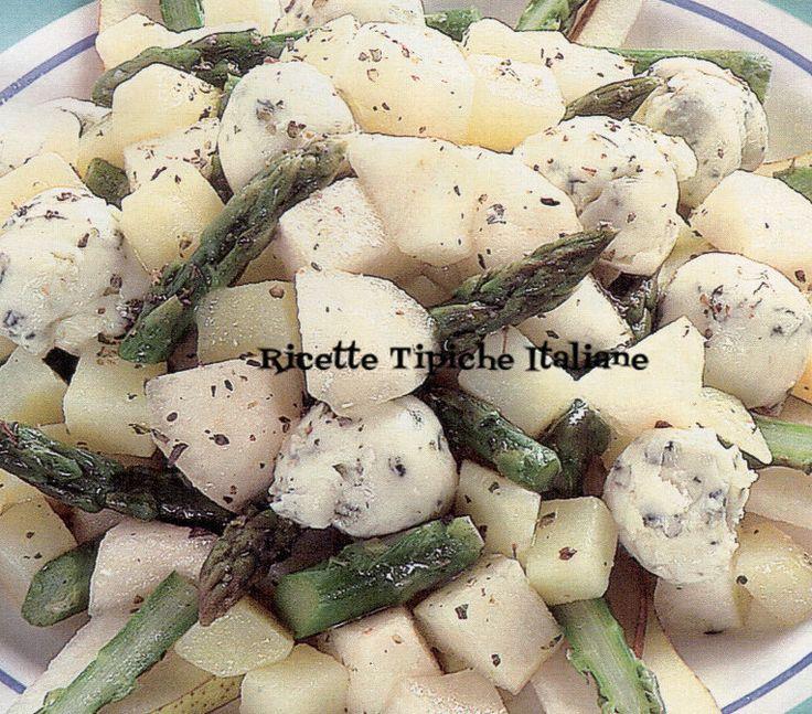Insalata di pere e patate con burro di gorgonzola