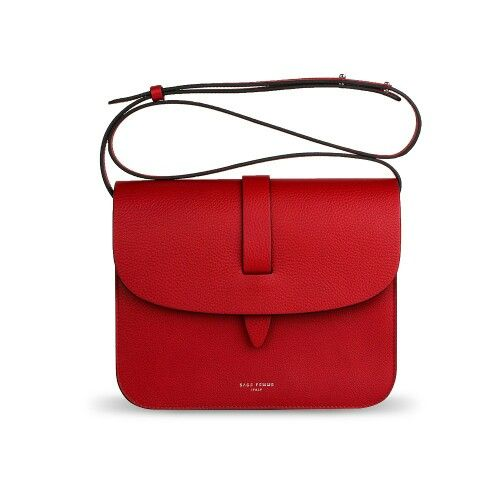 A new Sage Femme crossbody bag in red pebbled calfskin now available on our website.