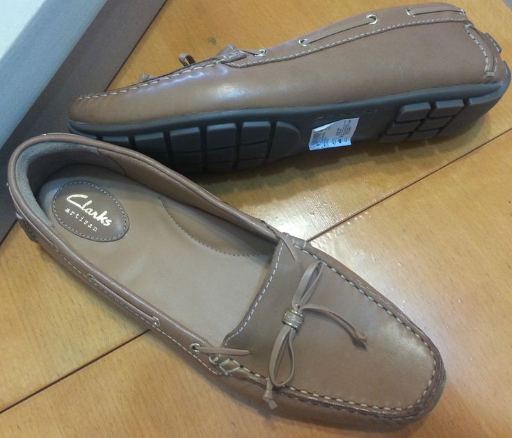 Check out NIB Clarks Artisan leather loafers slip ons size 9.5 #Clarks #LoafersMoccasins #anytime http://www.ebay.com/itm/-/302268219630?roken=cUgayN&soutkn=MiHq5v via @eBay