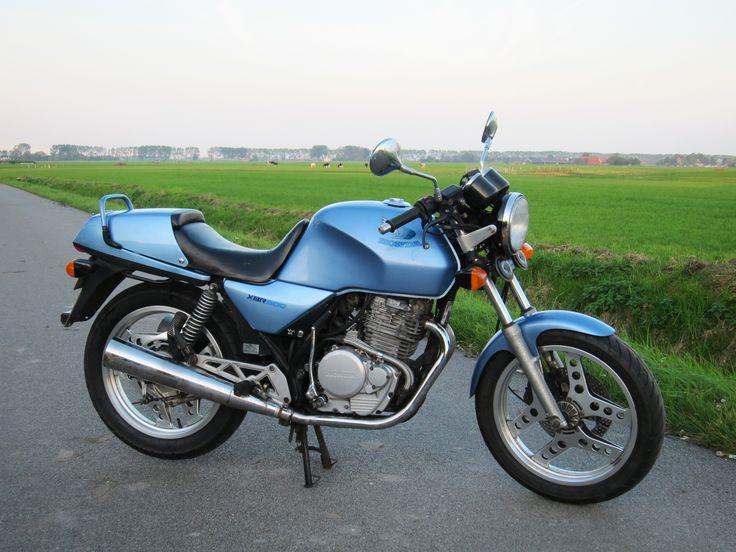 1985_Honda_XBR_500.jpg (3648×2736)