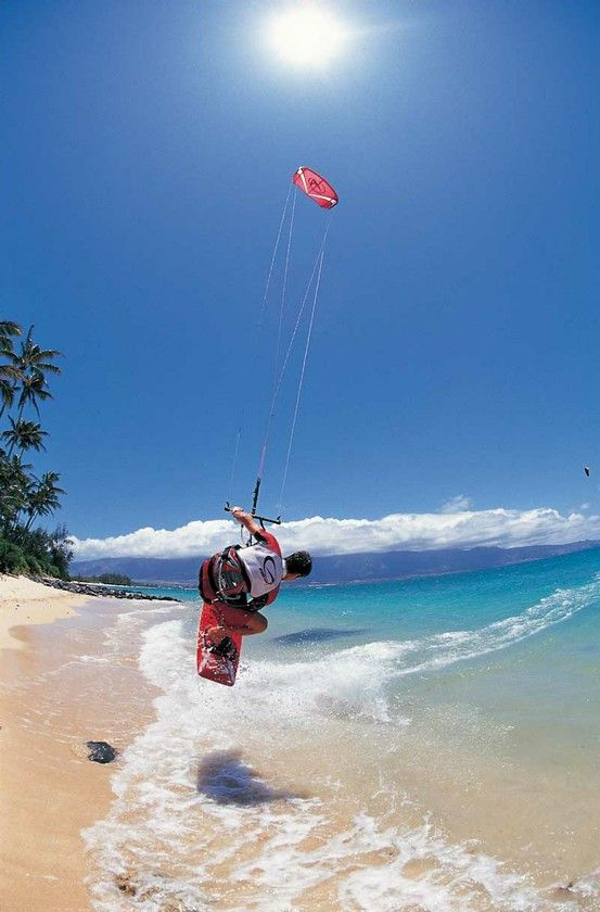 Kite surfing in Port Douglas Australia. The most perfect place on the planet