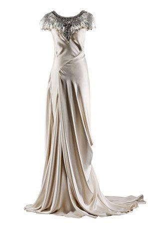 Google Image Result for http://1.bp.blogspot.com/-4UxMB6Q0v04/TVMo2V6OXmI/AAAAAAAAAiQ/Yh5L6ATncDc/s1600/alexander%25252520mcqueen%25252520last%25252520gown.jpgDesign Gowns, Mcqueen Final, Alexander Mcqueen, Fashion, Style, Gorgeous Gowns, Mcqueen Gowns, Dresses Alexander, Dreams Dresses