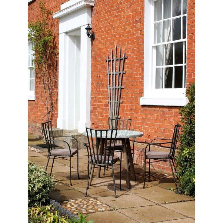 Fleur De Lis Round 4 Chair Dining Set The Fleur De Lis