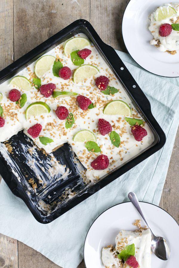 Oehh vandaag heb ik toch iets lekkers voor jullie: een mojito cheesecake. Need I…
