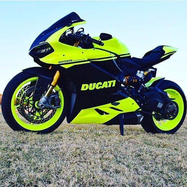 Топовый Ducati Ставь лосося если согласен! #_automotoclub_