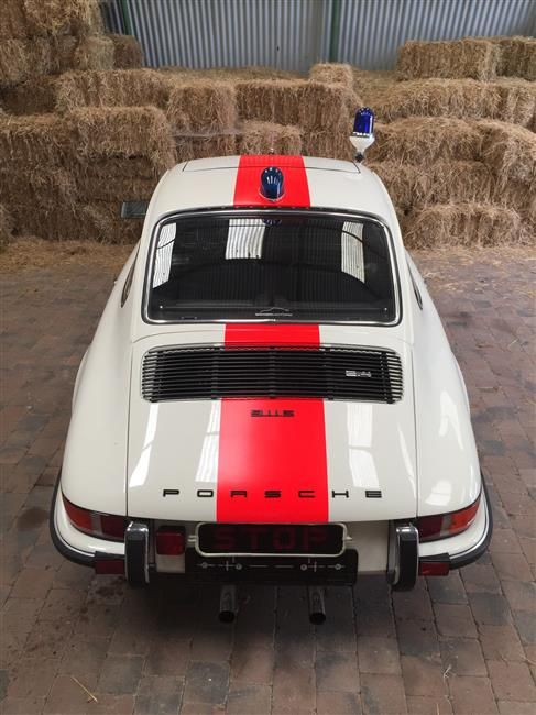 The presented car is an original ex-BELGIAN POLICE (RIJKSWACHT – GENDARMERIE) 911 2.4S COUPE PORSCHE. It is not a tribute or a copy!! Certificates o...