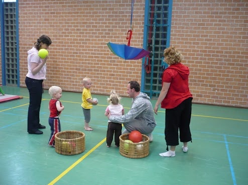 Ball skills using a suspended umbrella Gloucestershire Resource Centre http://www.grcltd.org/scrapstore/