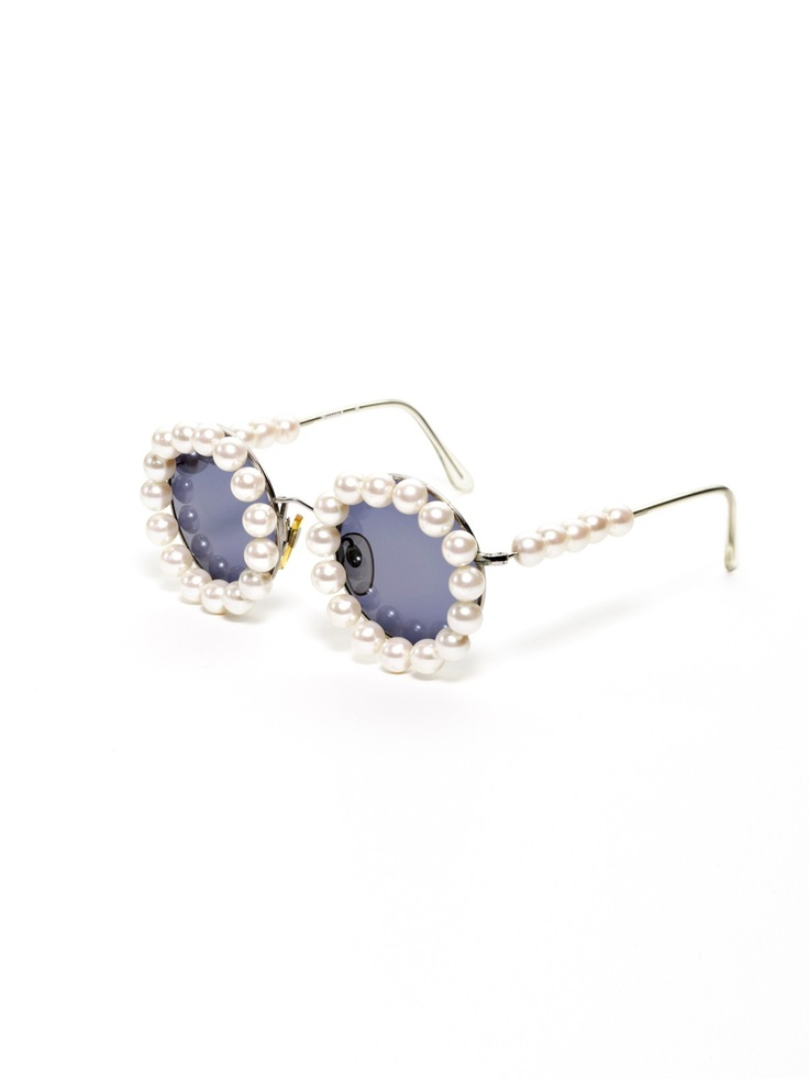 Chanel Eyeglass Frames With Pearls : chanel pearl sunglasses spectacles Pinterest