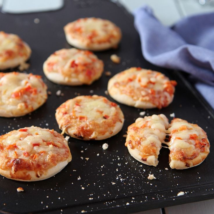 This Mini Cheese And Tomato Pizza Recipe is fantastic to serve at a party or special celebration and can also be great for children.