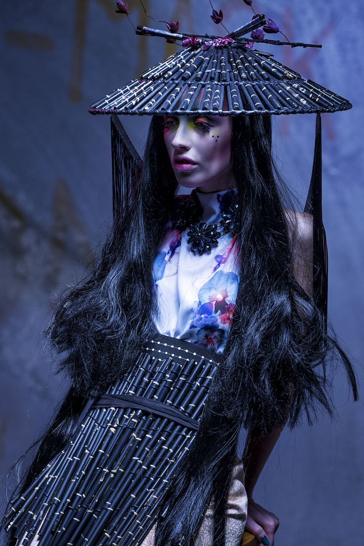Amazing And Dark Asian Influenced Couture Look