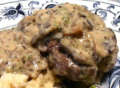 BEEF PATTIES WITH MUSHROOM GRAVY - Linda's Low Carb Menus & Recipes