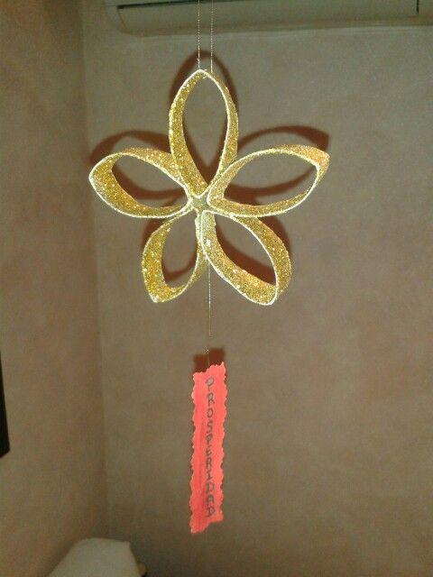 M s estrellas navide as con rollos de papel higi nico - Adornos navidenos con rollos de papel higienico ...