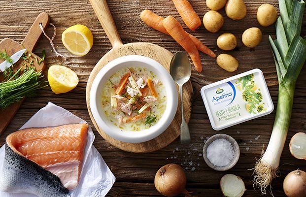 Zupa Serowa z Ziemniakami i Łososiem