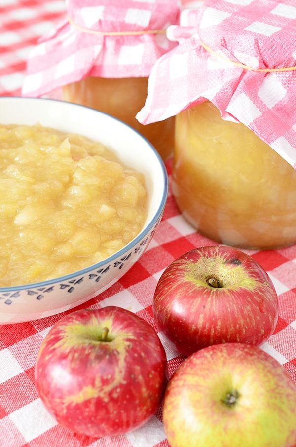 Zelfgemaakte appelmoes of appelcompote Dit recept is precies goed: naar eigen smaak ingrediënten combineren, zonder suiker kan dus ook.