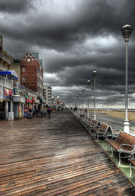 Rehoboth Boardwalk in Delaware.. Would like to visit here too