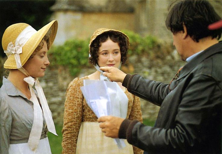 moja ocena 5/5   Główna bohaterką powieści J. Austen jest Elizabeth Bennet - młoda, niezbyt zamożna, skromna panna obdarzona dużą osobow...