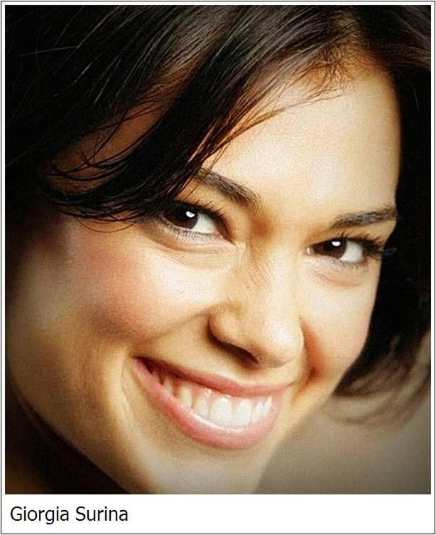 Giorgia Surina Milano, 8 marzo 1975 attrice, conduttrice televisiva e conduttrice radiofonica italiana.
